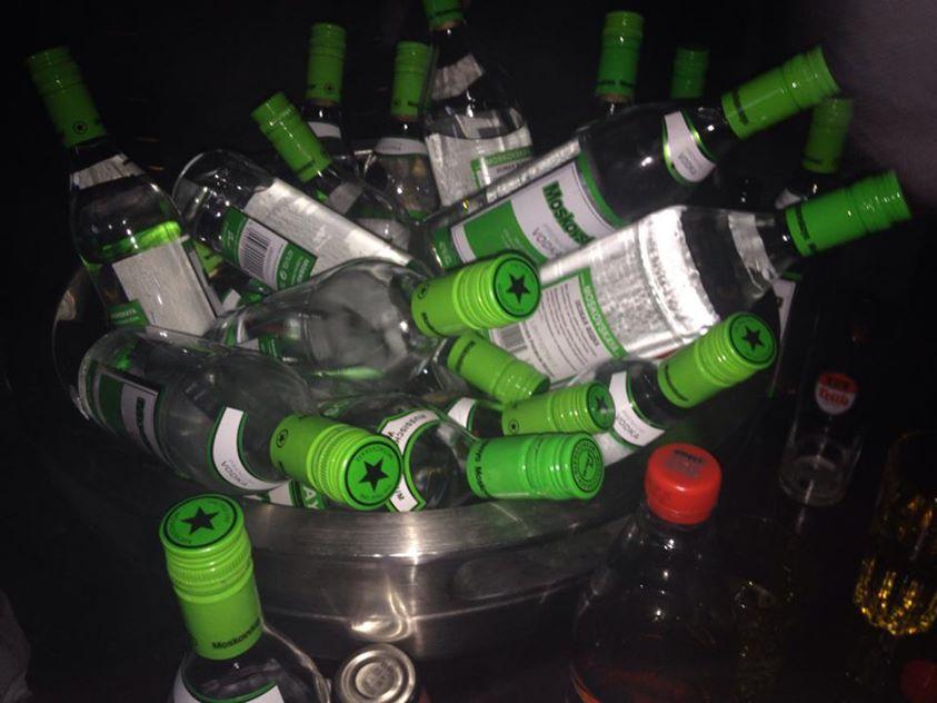 100 flaschen wodka