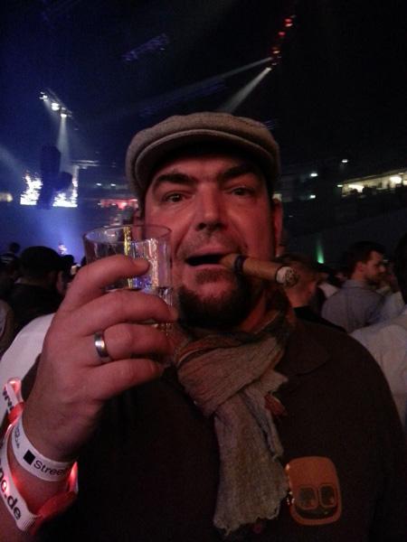 Nico mit Zigarre vom Martin