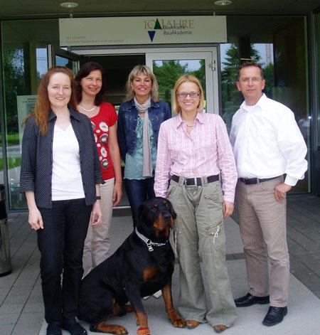 Hund in der bayerischen Bauakademie